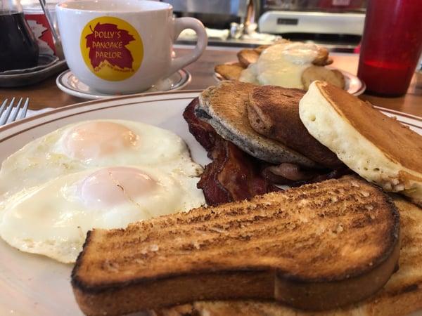 pollys pancake breakfast